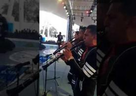 Banda La Súper Corona de Rafa Becerra en La Gran Posada de Fiesta Mexicana 2017